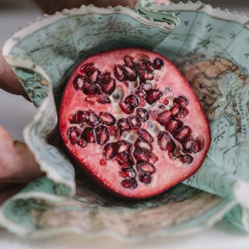 Nachhaltiges Bienenwachstuch zum Verpacken von Lebensmittel aus Recyceltem Canvas
