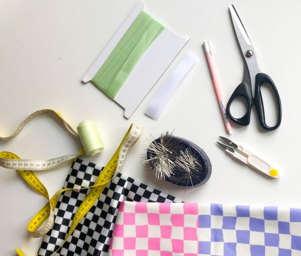 Sewing supplies needed for the laptop bag project