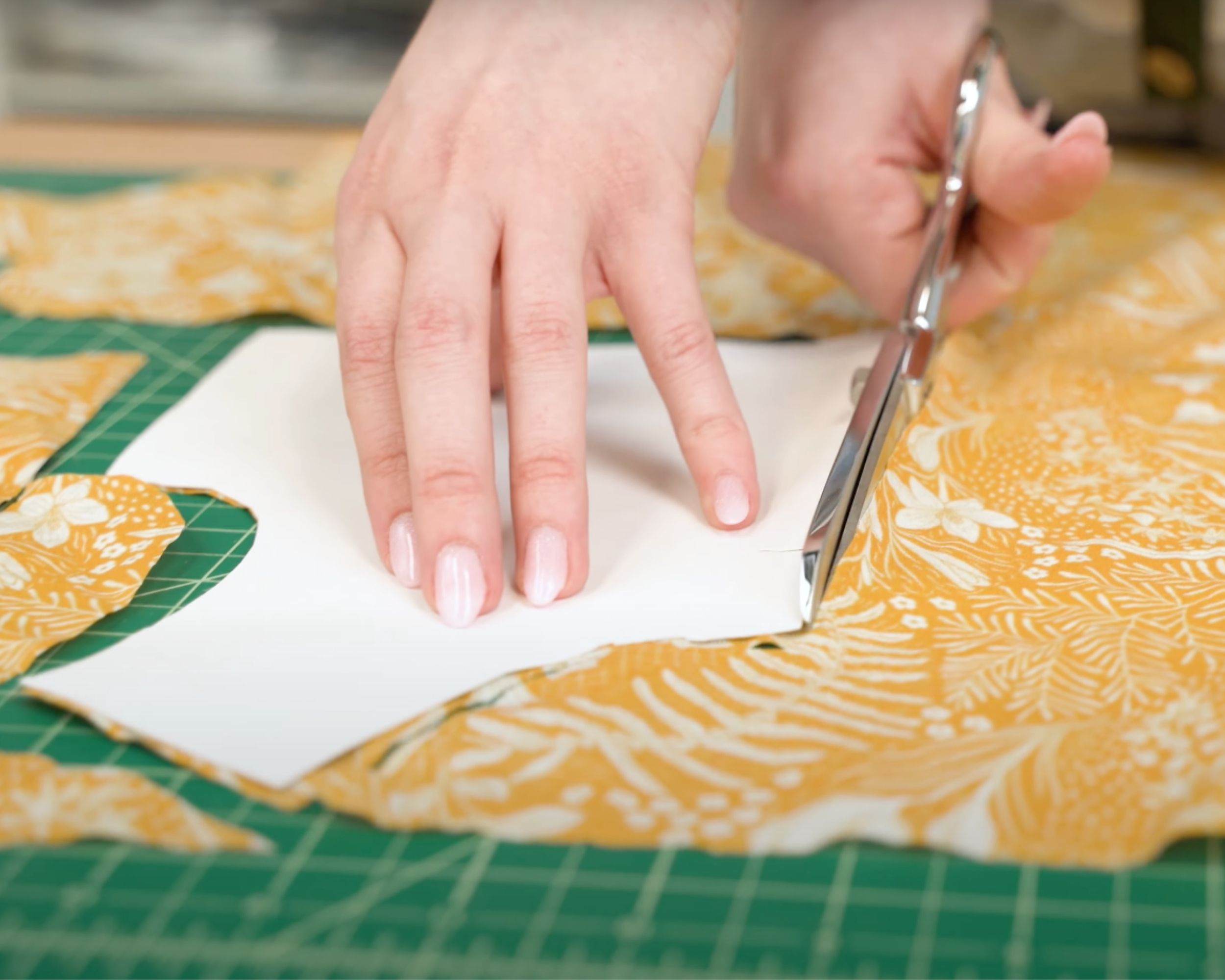 Cutting pattern pieces