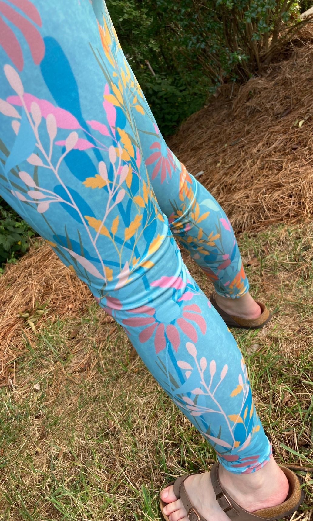 Back view of finished leggings